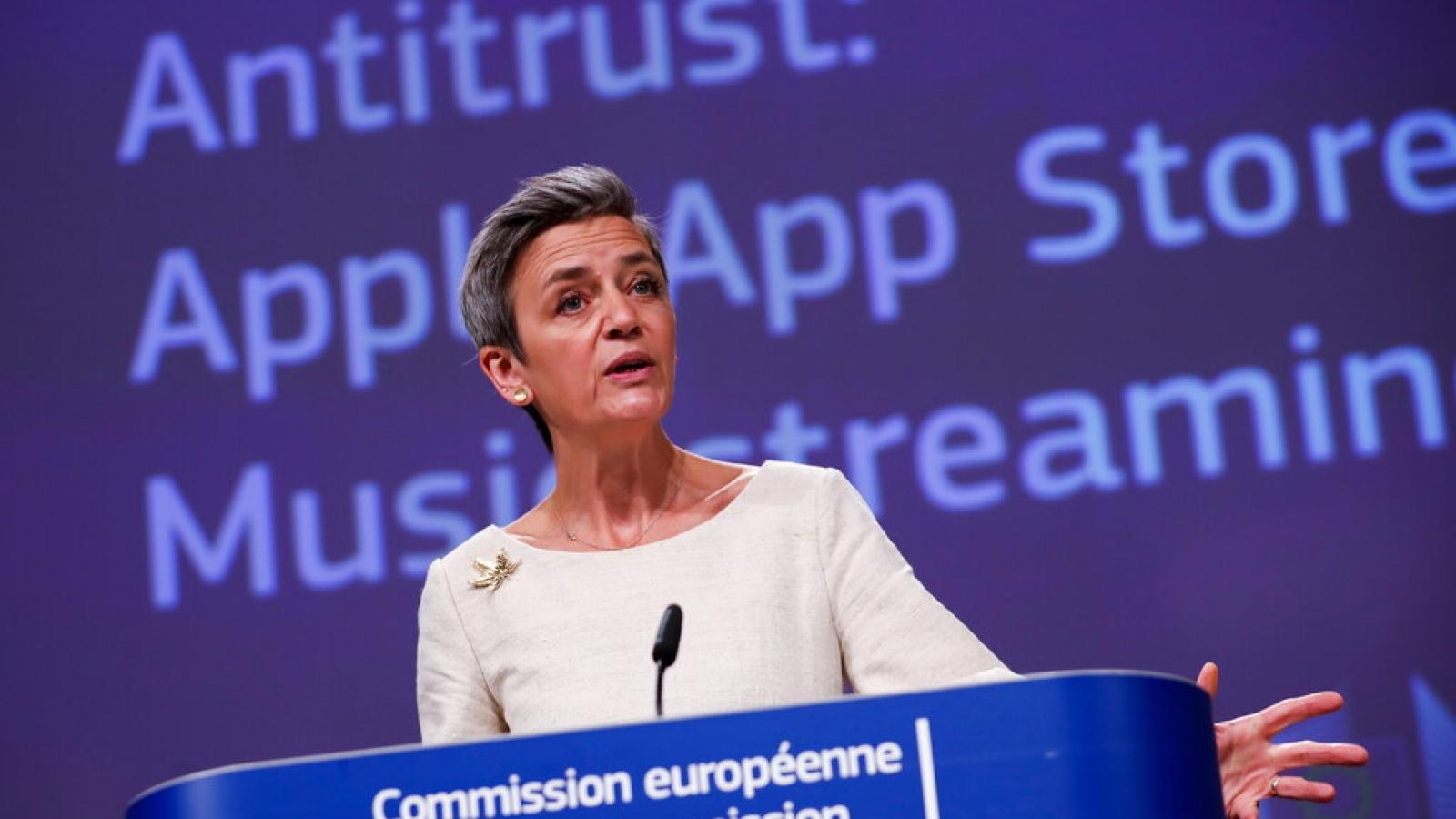 Châu Âu cáo buộc Apple vi phạm chống độc quyền trên App Store