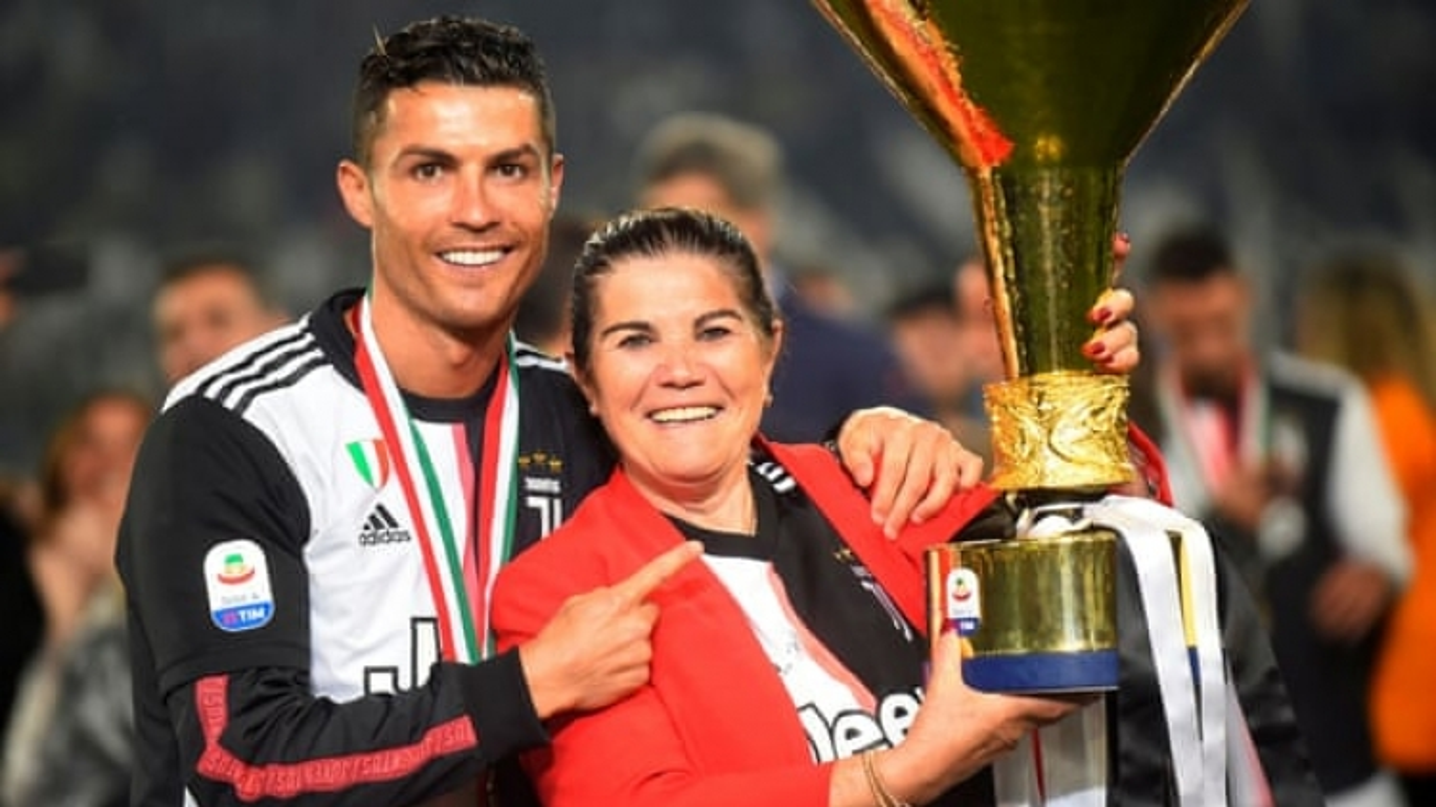 Ronaldo sẽ trở lại khoác áo Sporting?