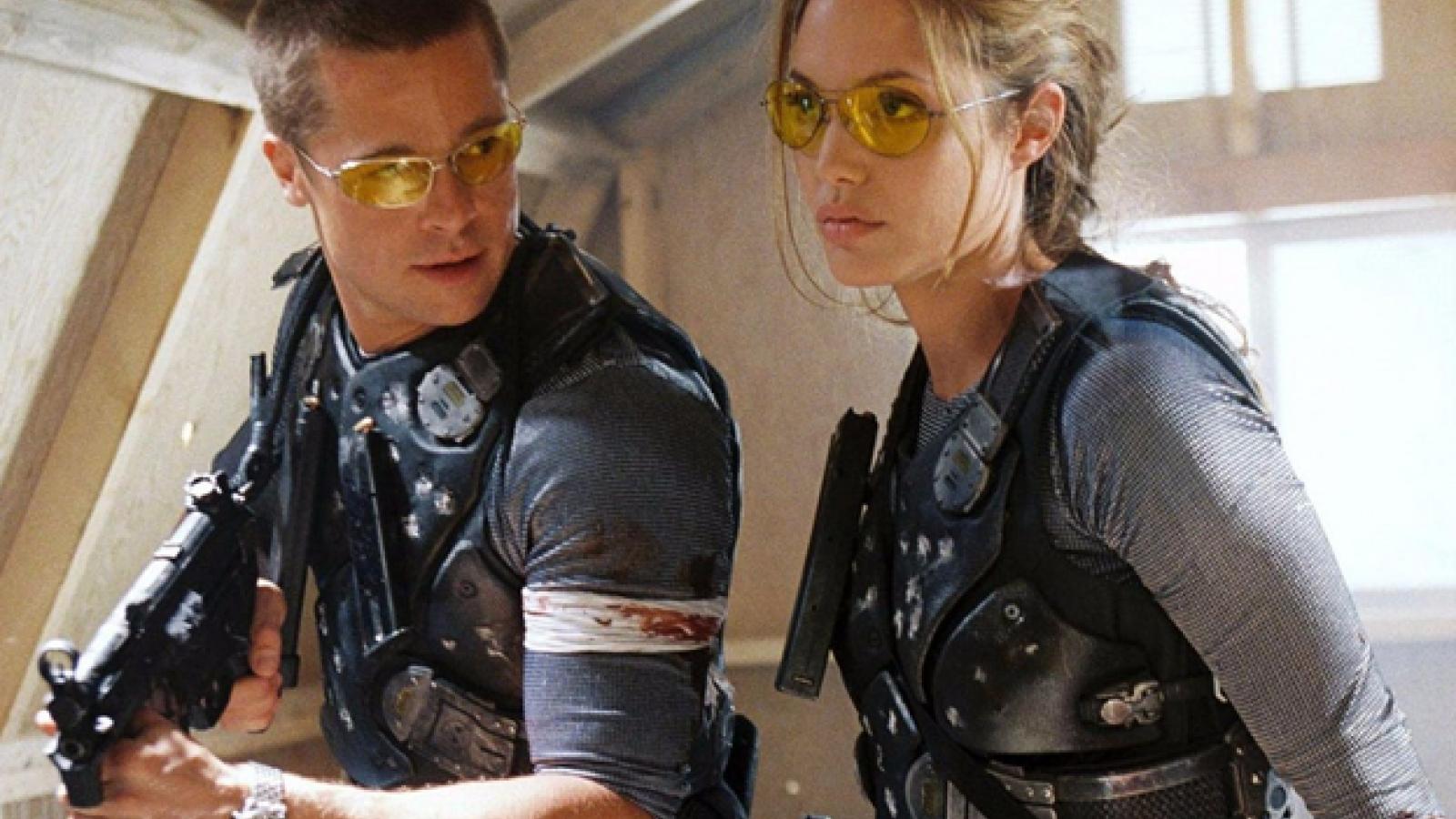 Top 5 vai diễn vất vả của Angelina Jolie - từ cứu hộ dù đến trộm mộ