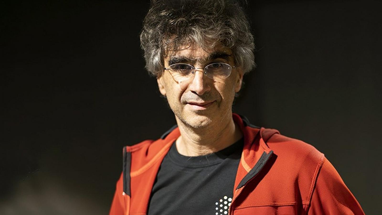 Apple thuê cựu nhân viên Google nắm bộ phận nghiên cứu AI