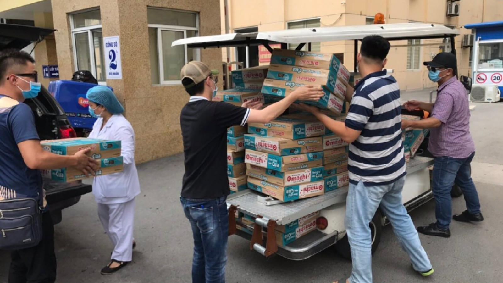 Masan tặng hàng nghìn thùng sản phẩm thiết yếu đến các đơn vị tuyến đầu chống dịch