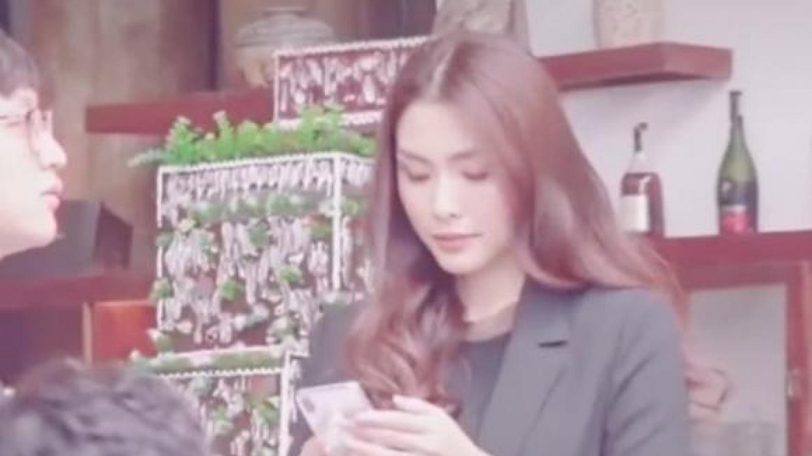 """Chuyện showbiz: Tăng Thanh Hà khoe nhan sắc đỉnh cao dưới ống kính của """"team qua đường"""""""