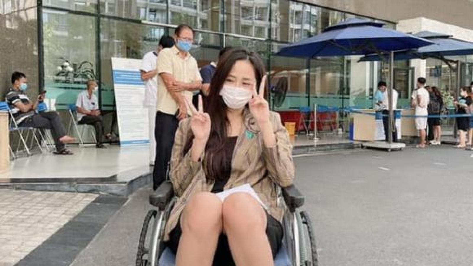 Chuyện showbiz: Giữa đêm khuya, Mai Phương Thúy phải nhập viện khẩn cấp vì đau tim