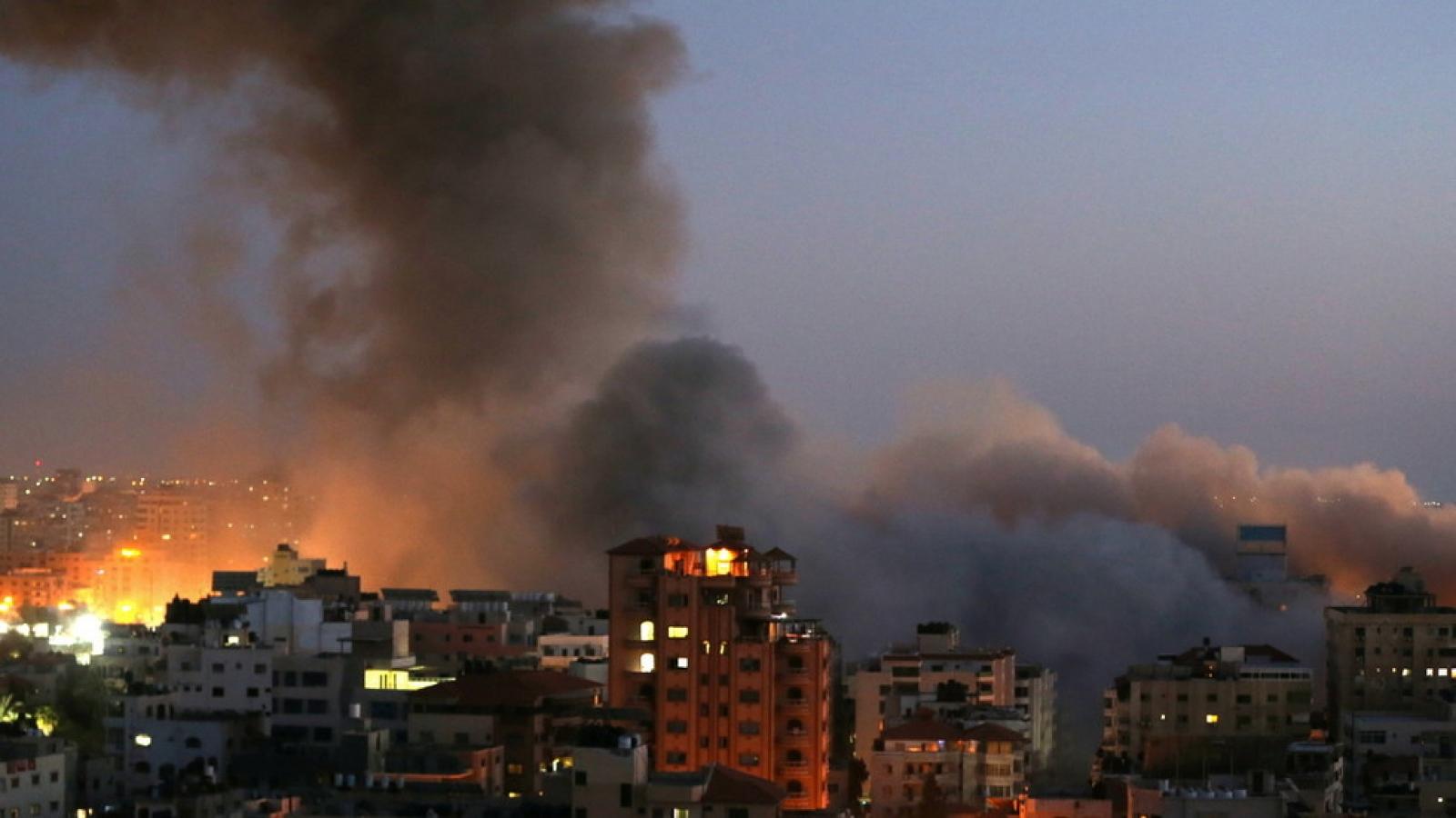 Israel và Hamas đụng độ ác liệt, LHQ cảnh báo nguy cơ chiến tranh toàn diện