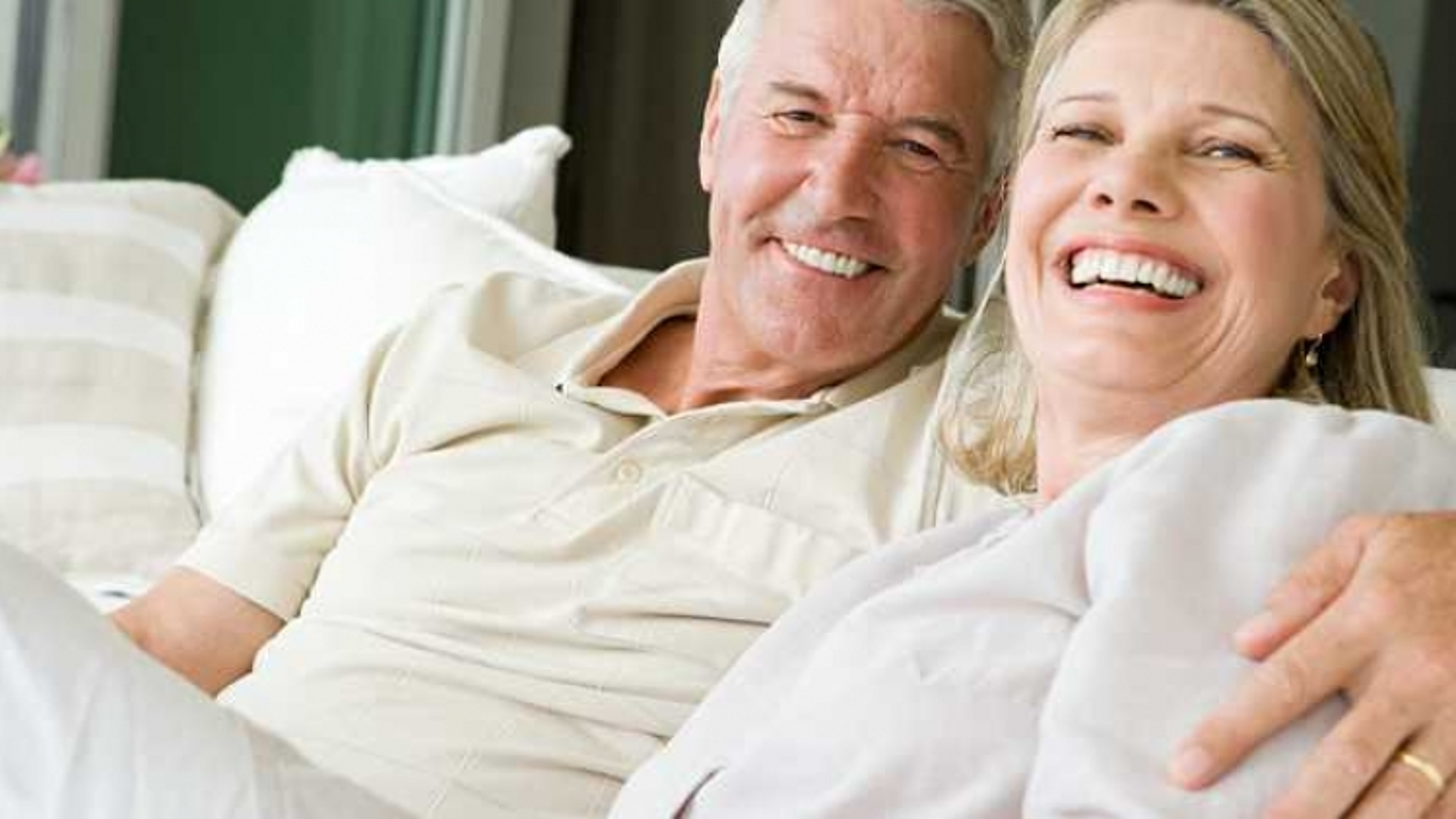 Làm thế nào để giữ ngọn lửa tình yêu cho cuộc hôn nhân đã dài 10 năm?