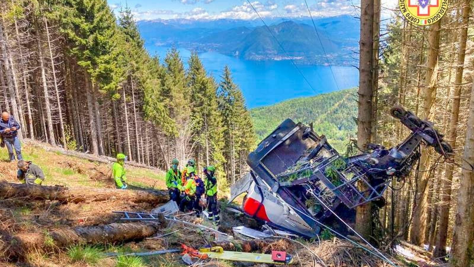 Bí ẩn trong vụ cabin cáp treo bị rơi khiến nhiều du khách tử nạn ở Italy