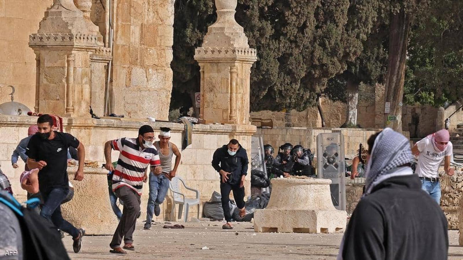 Palestin: hơn 300 người thương vong do đụng độ ở Jerusalem