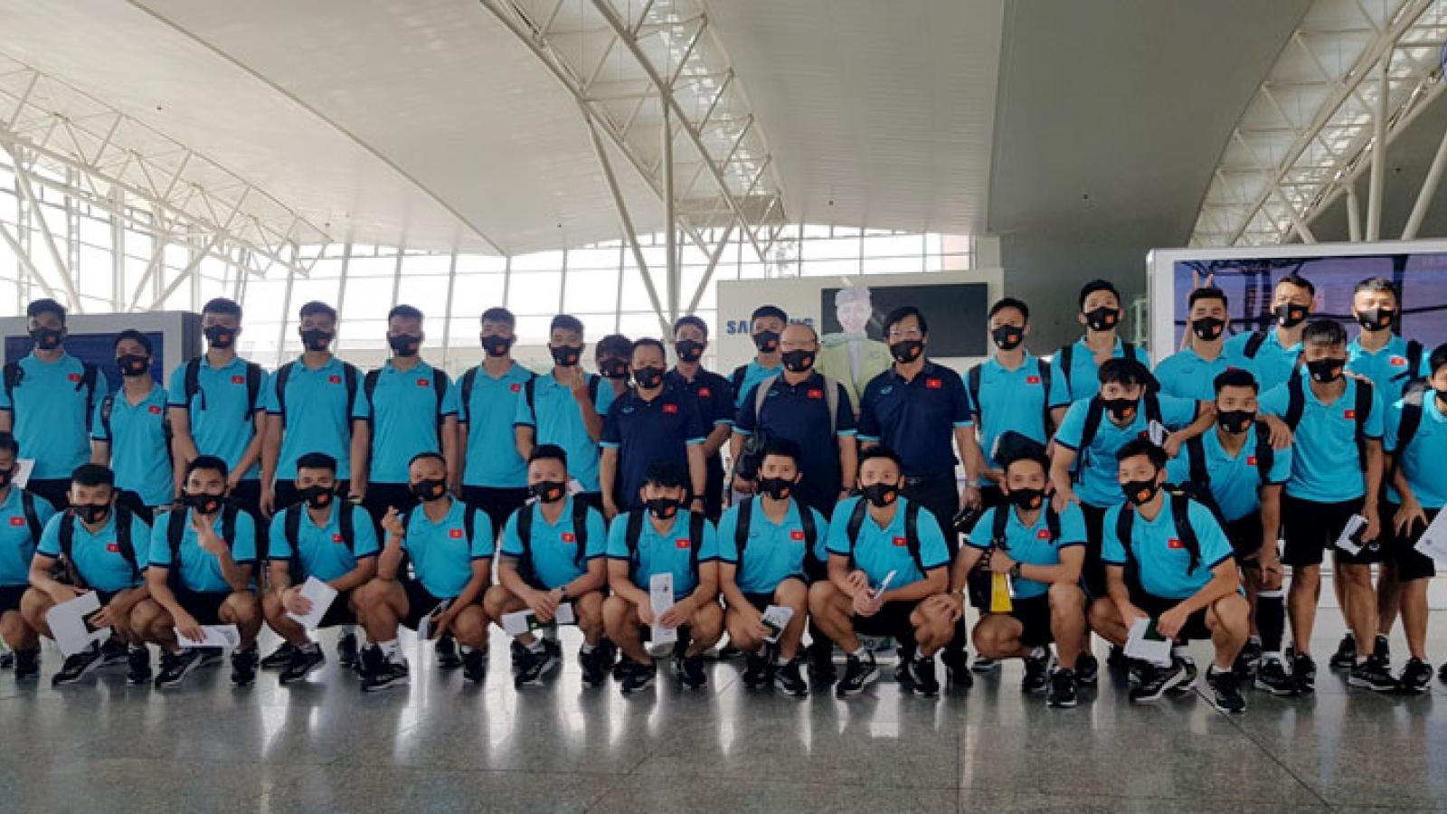 ĐT Việt Nam lên đường sang UAE dự vòng loại World Cup 2022