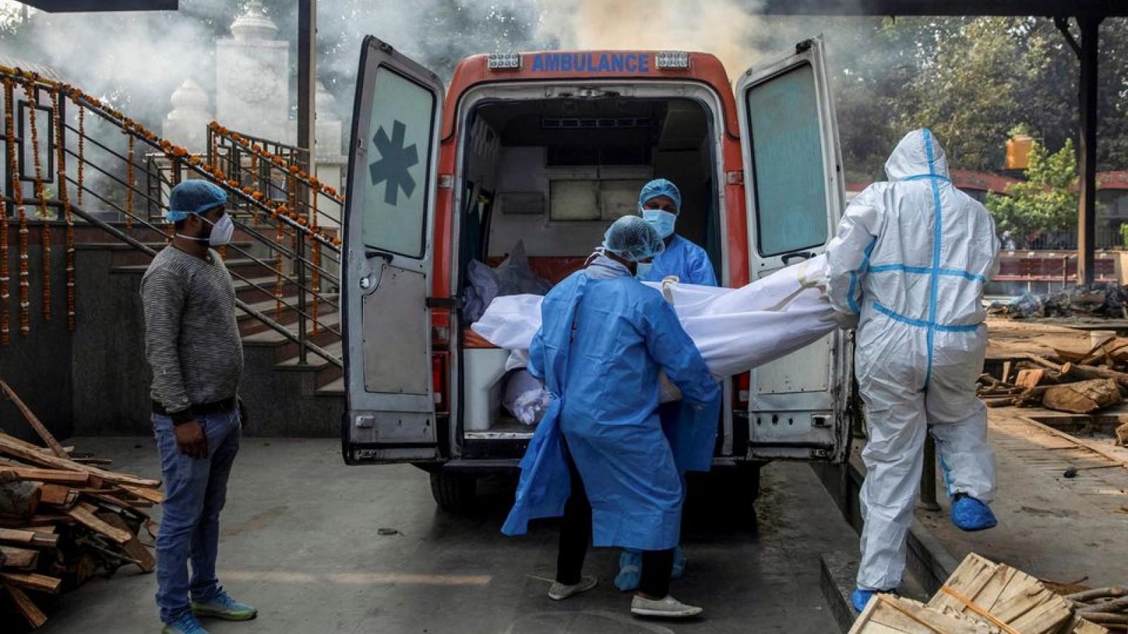 Ấn Độ ghi nhận cột mốc u ám: 250.000 người chết vì Covid-19