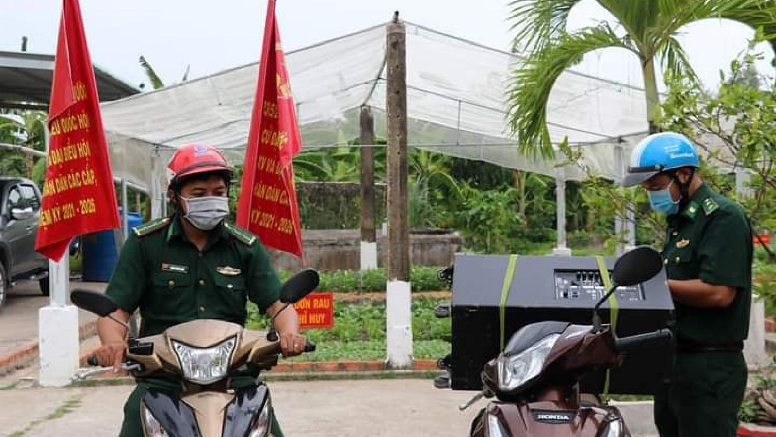 """Tiếng loa Biên phòng Tiền Giang""""đánh thức"""" vùng biên giới"""