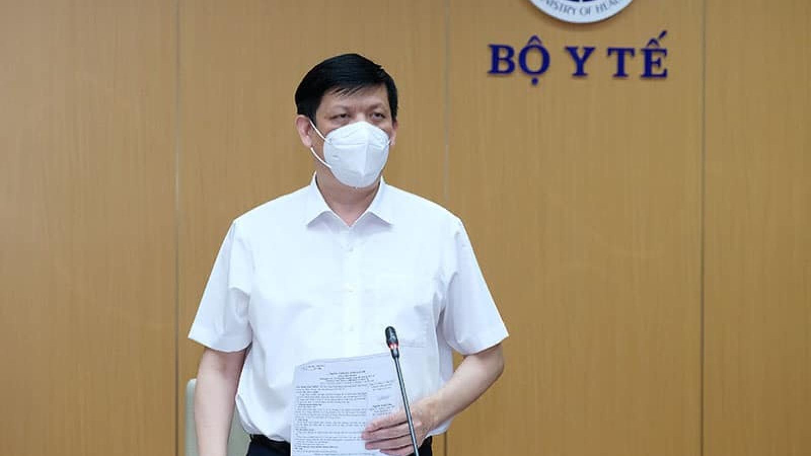 Bộ trưởng Y tế: Tiến tới tập huấn cho công nhân tự lấy mẫu xét nghiệm Covid-19