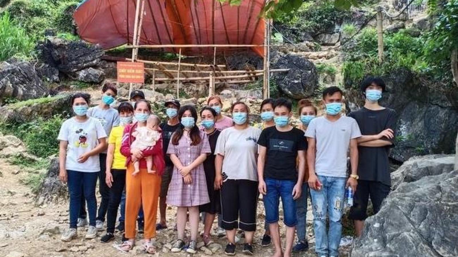 16 người nhập cảnh trái phép từ Trung Quốc
