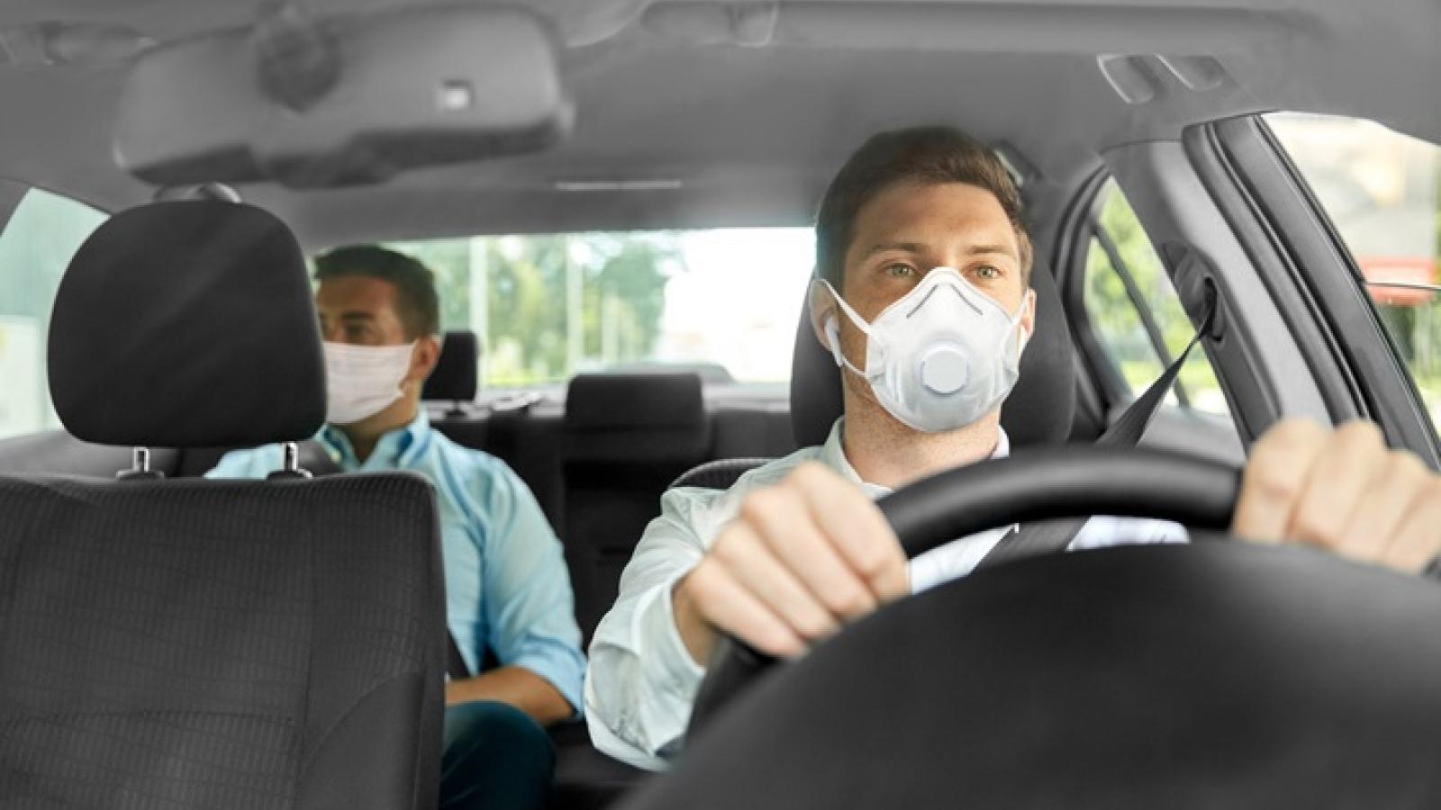 Dân Mỹ được sử dụng miễn phí dịch vụ của Uber và Lyft khi đi tiêm phòng Covid-19