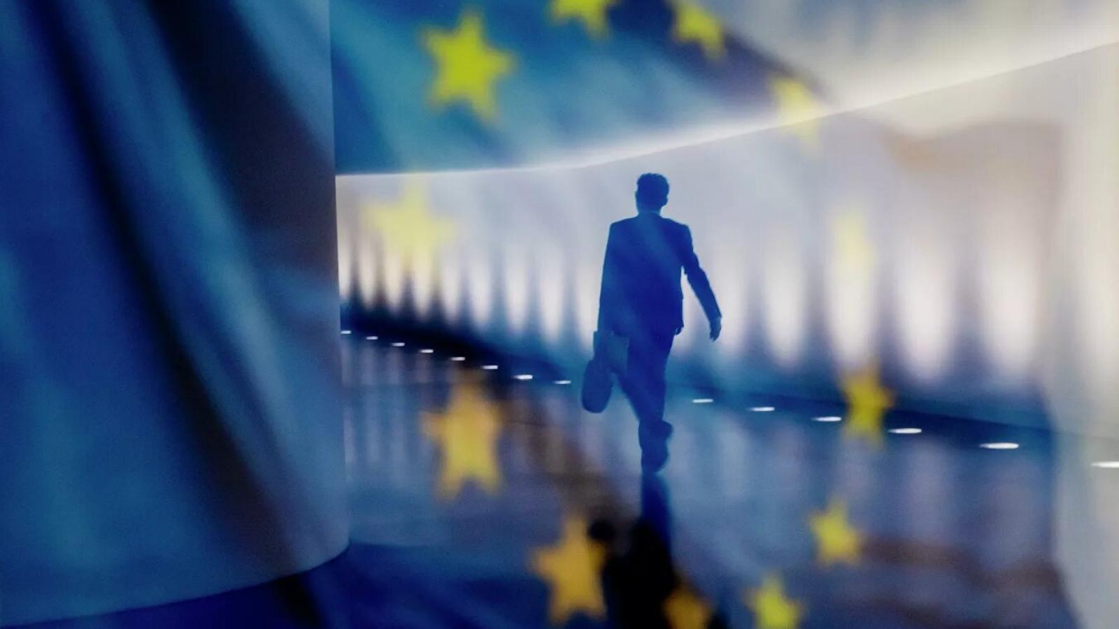 """EU chuẩn bị một báo cáo về quan hệ với Nga giữa lúc quan hệ 2 bên """"nguội lạnh"""""""