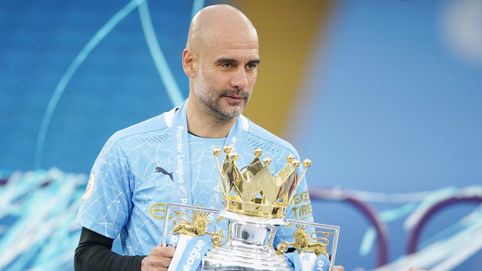 HLV Pep Guardiola được vinh danh trước trận chung kết Champions League