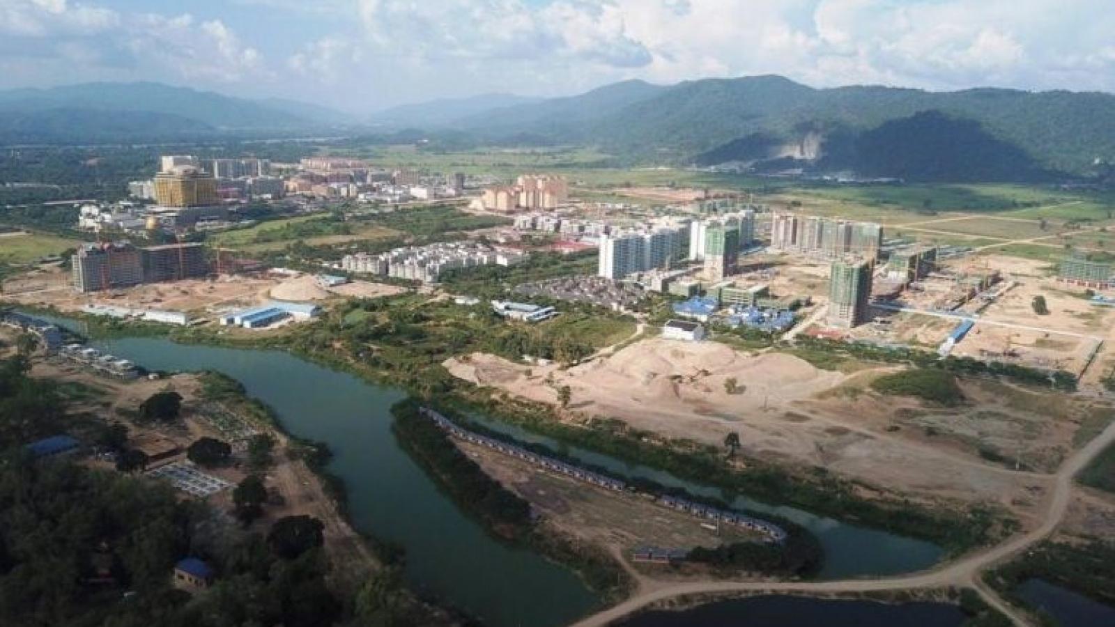 Lào ghi nhận thêm 105 ca mắc Covid-19, Vientiane tiếp tục bị phong tỏa