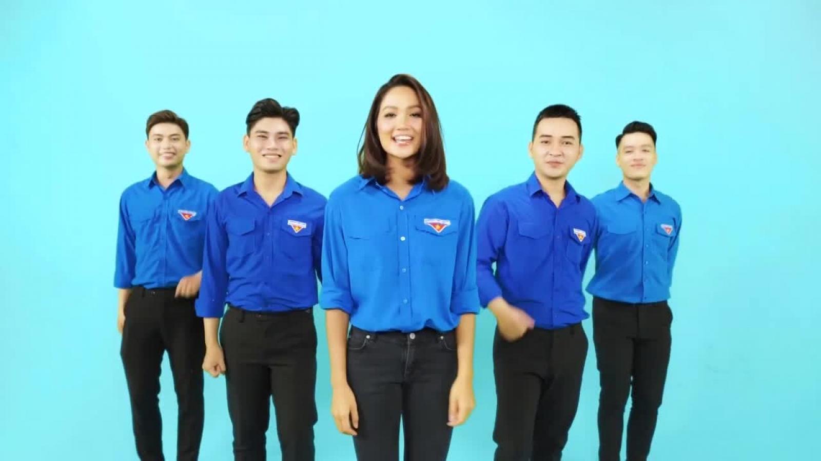 Hoa hậu H'Hen Niê cùng dàn sao Việt hào hứng cổ động cho ngày bầu cử