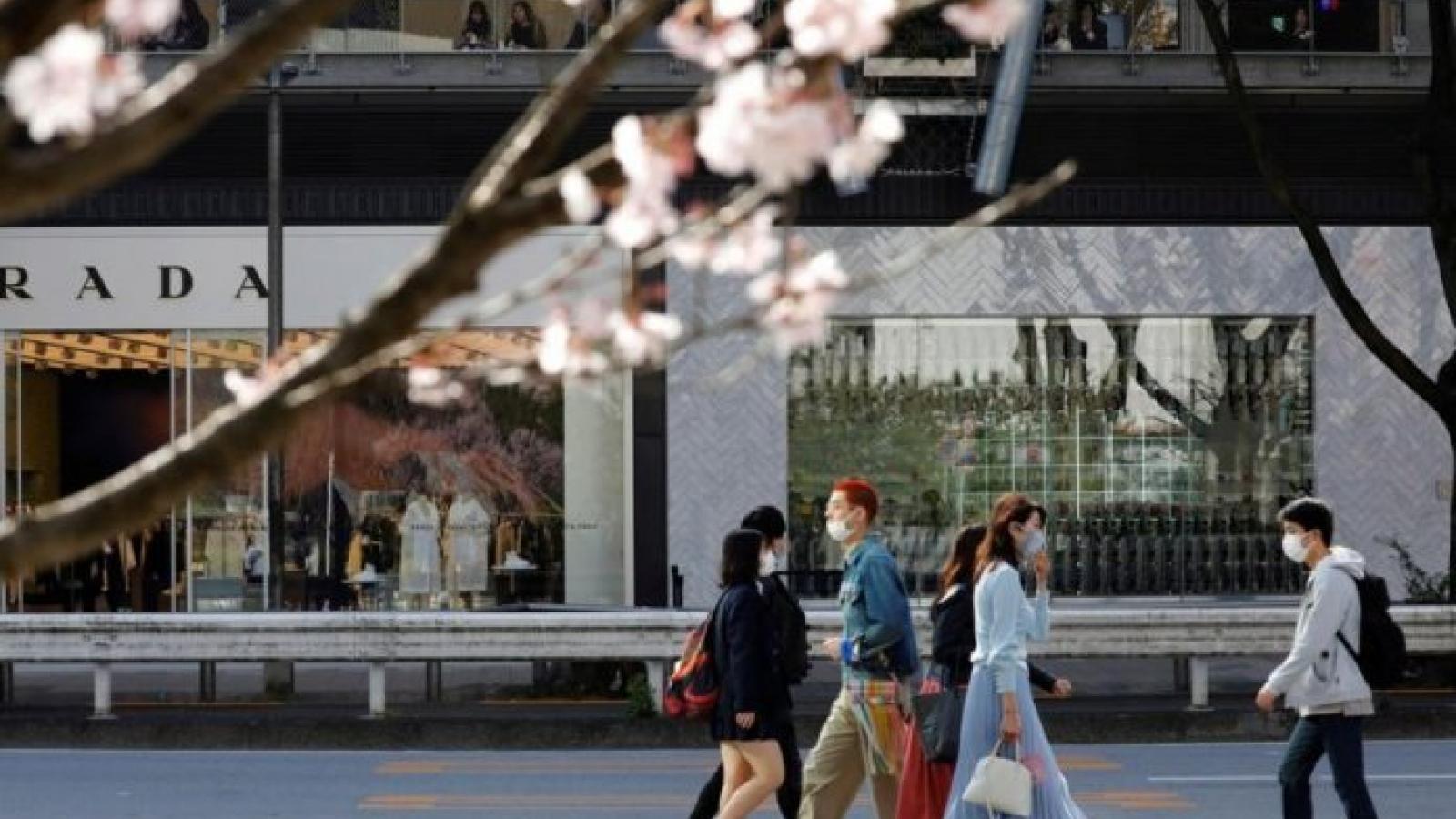 Nhật Bản xem xét gia hạn tình trạng khẩn cấp về Covid-19