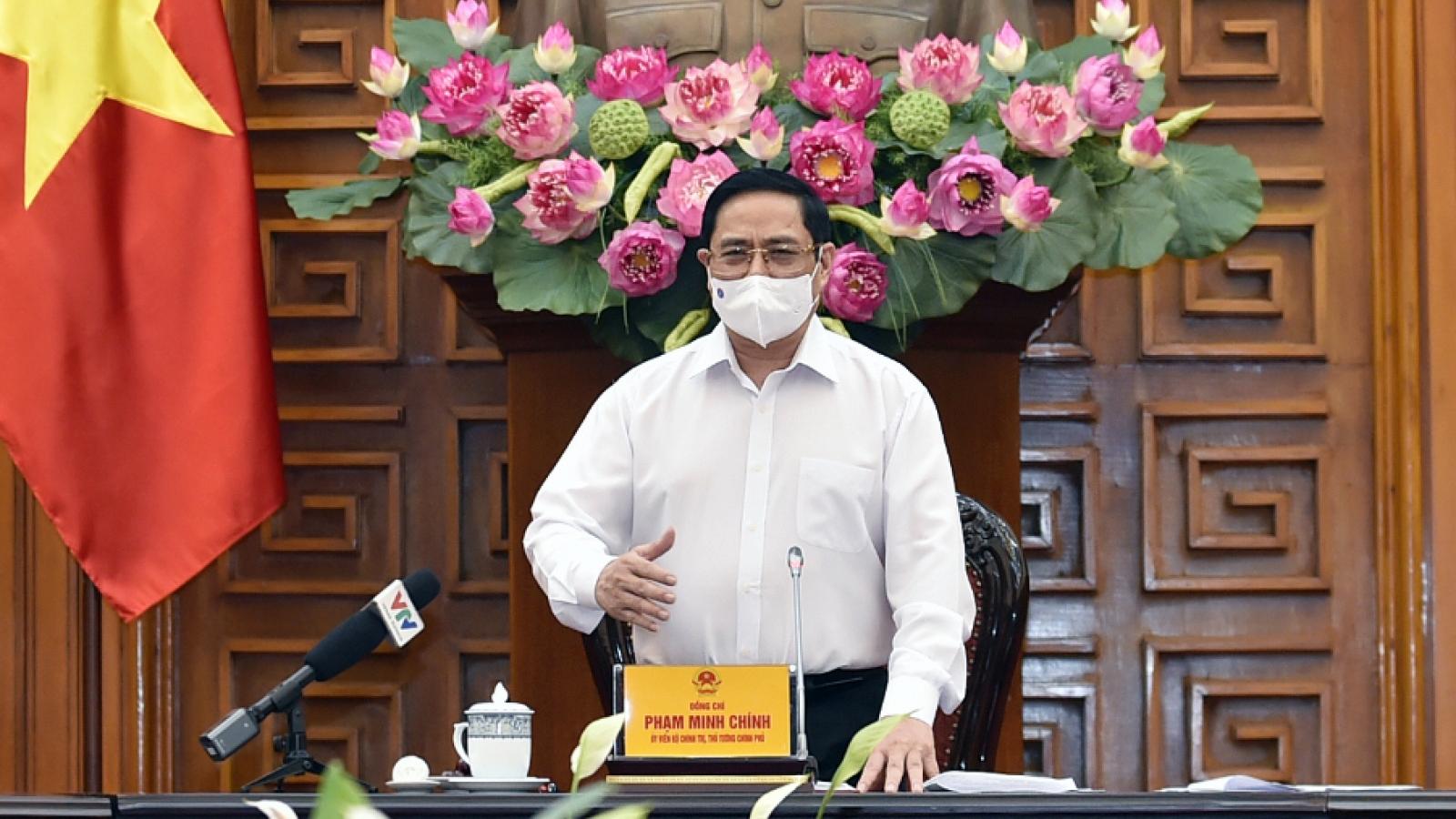Thủ tướng chỉ đạo bảo đảm an toàn COVID-19 tại khu công nghiệp