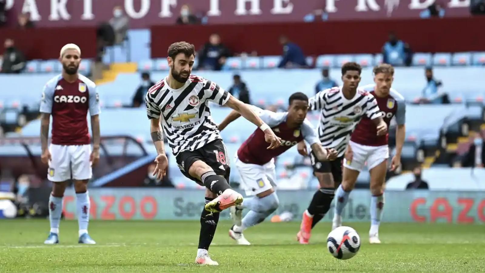 Ngược dòng giành thắng lợi 3-1 trên sân Aston Villa, MU trì hoãn ngày vui của Man City