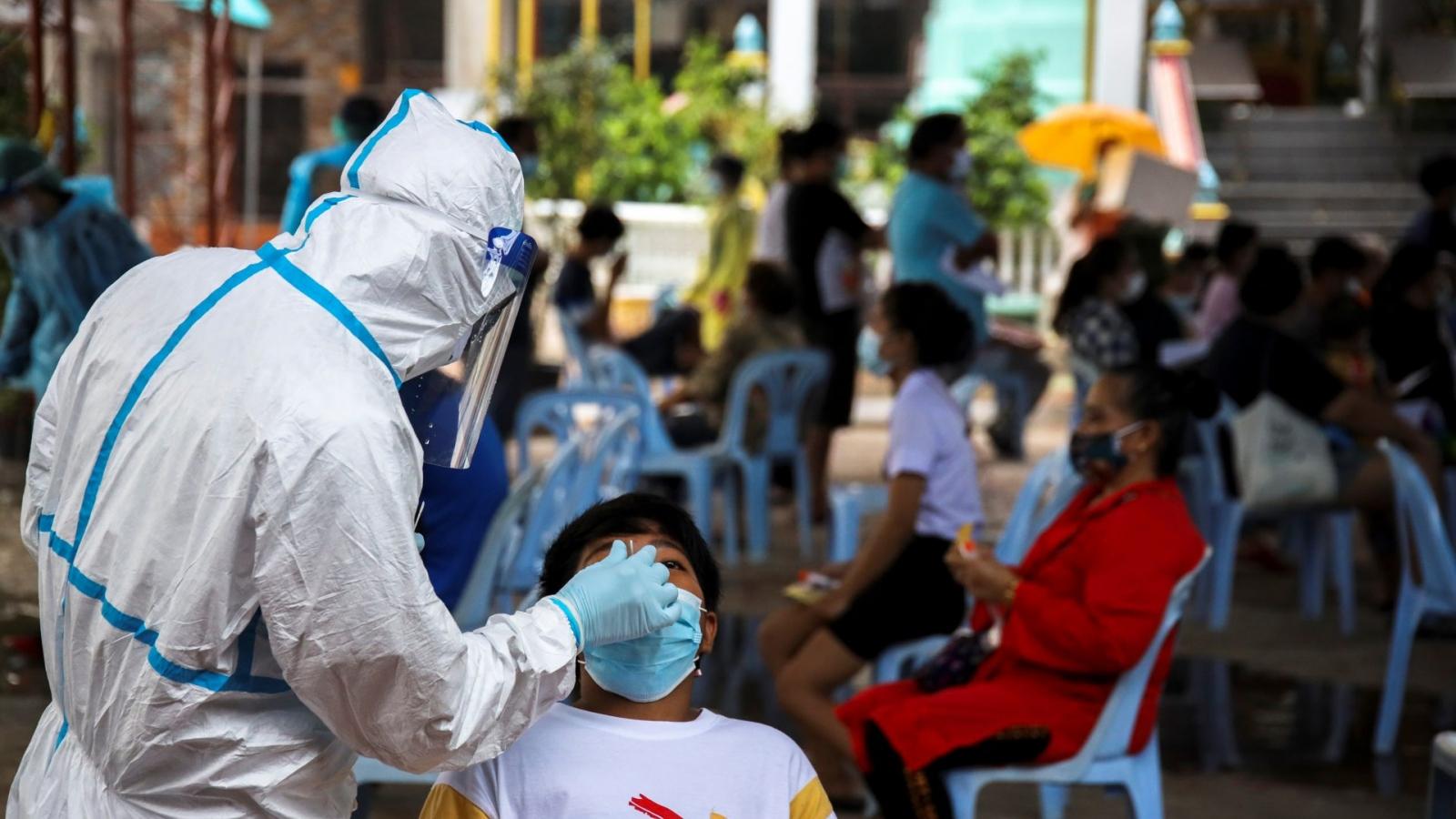Số ca tử vong do Covid-19 ở Thái Lan đã vượt 1.000 trường hợp