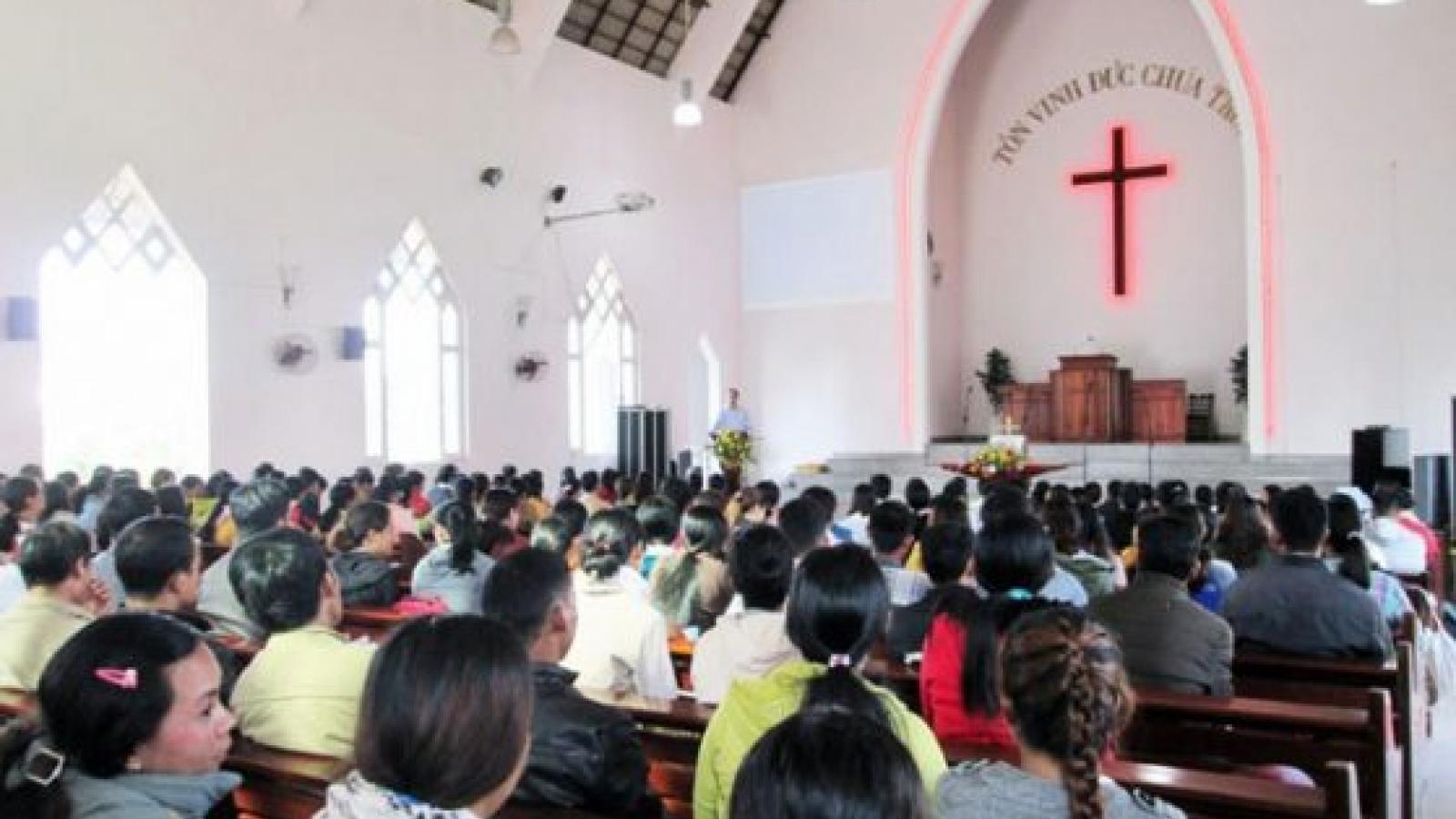 Yêu cầu dừng ngay sinh hoạt tôn giáo tập trung để tránh lây lan Covid-19