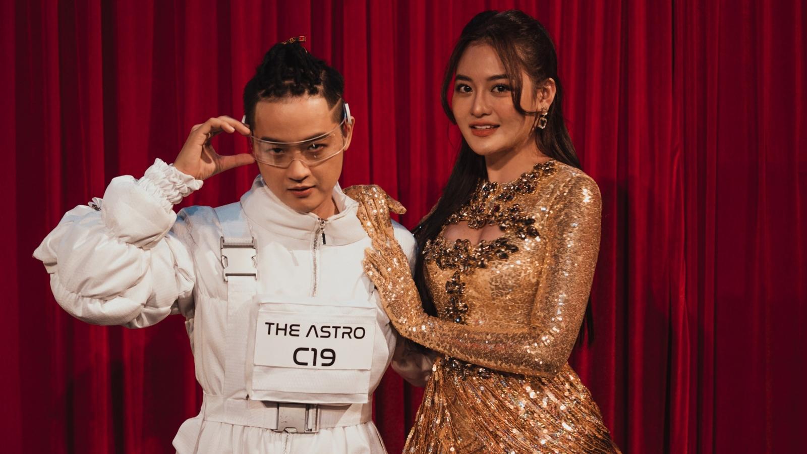 """Thùy Anh bất ngờ xuất hiện để cổ vũ Thanh Duy ở """"The Heroes"""""""