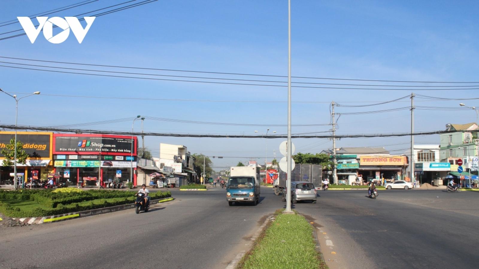 Vĩnh Long tạm dừng vận tải hành khách đi TP. Hồ Chí Minh và Long An