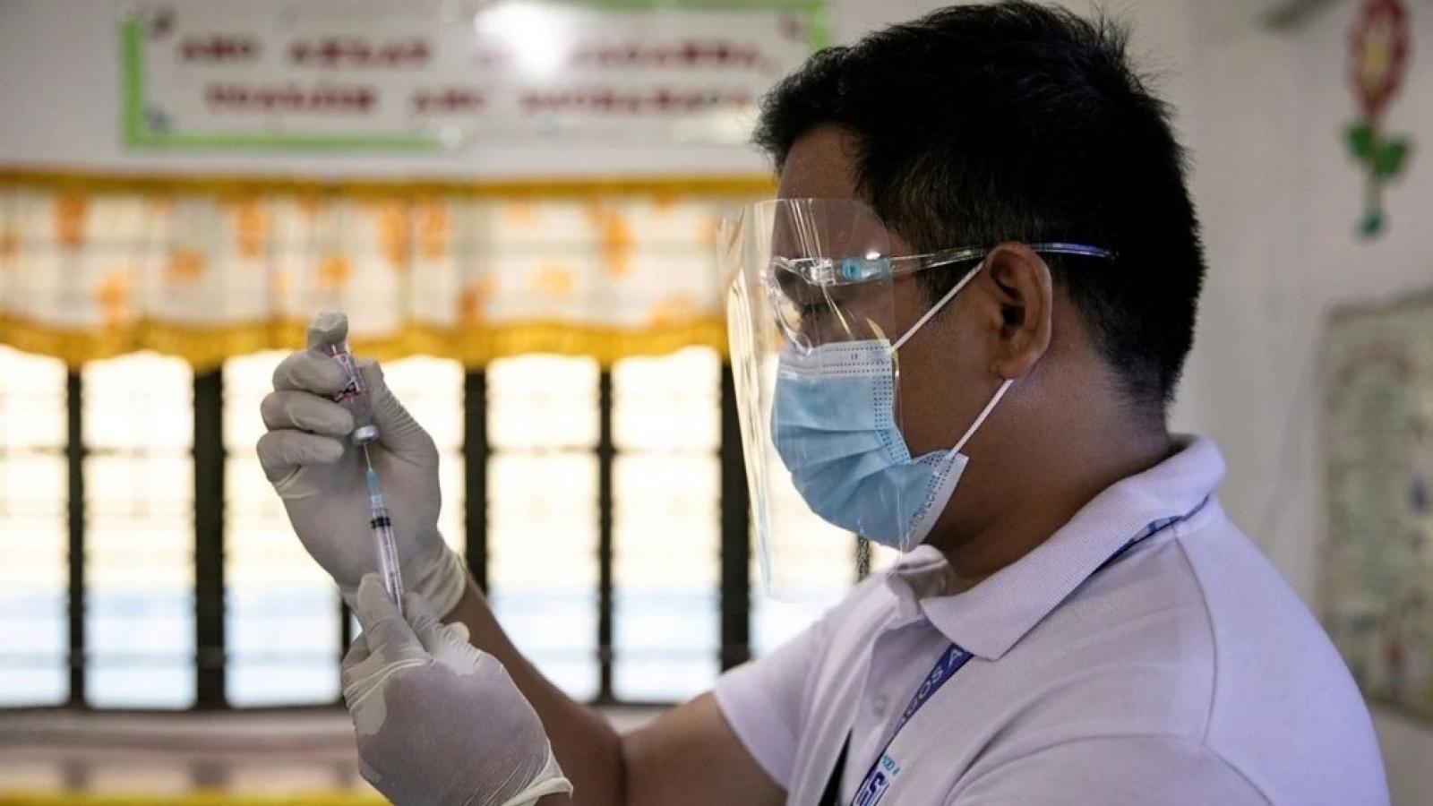 Vì sao phần lớn người Philippines không muốn tiêm vaccine Covid-19?