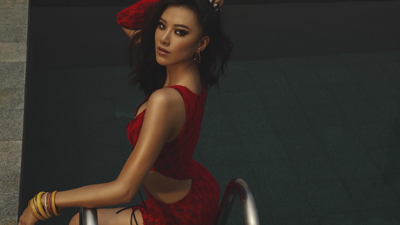 Á hậu Kim Duyên khoe vóc dáng nóng bỏng trong bộ ảnh mới