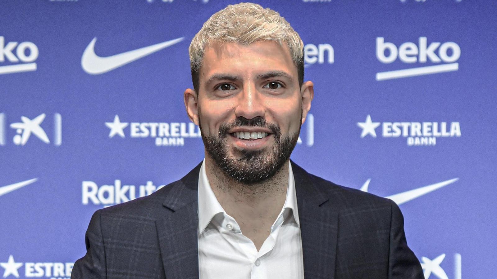 Chính thức: Barca chiêu mộ thành công Aguero