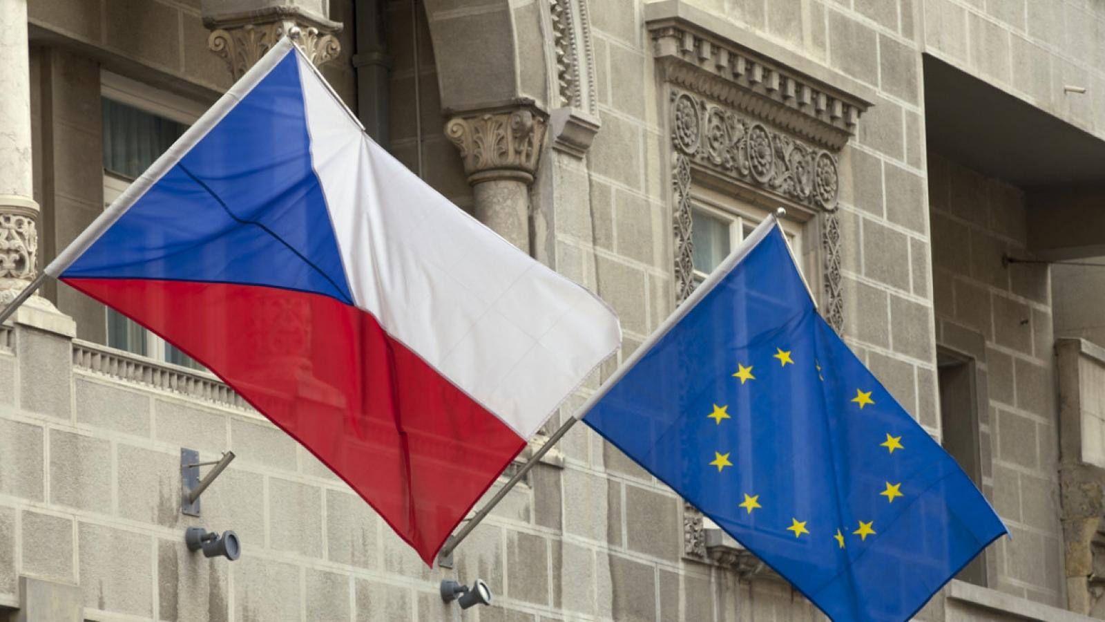 """EU chỉ trích quyết định của Nga đưa Séc và Mỹ vào """"danh sách quốc gia không thân thiện"""""""