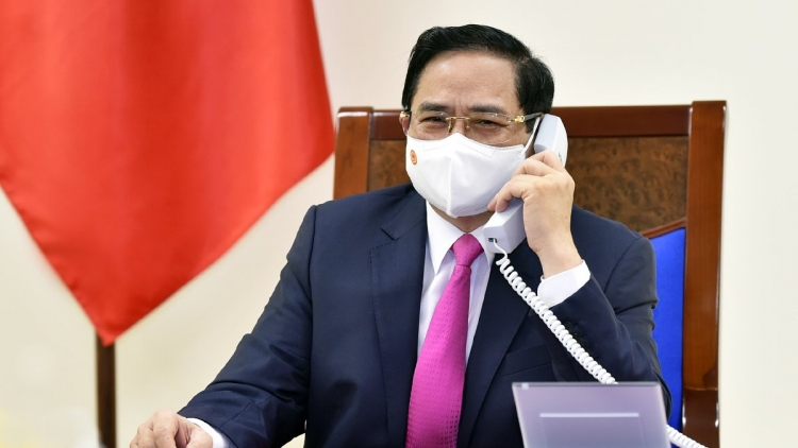 Thủ tướng Chính phủ Phạm Minh Chính điện đàmvớiThủ tướng Nhật Bản Suga Yoshihide
