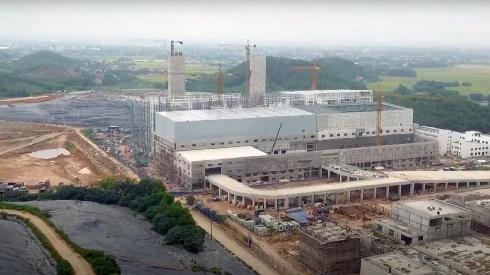 Nhà máy điện rác lớn nhất Hà Nội bắt đầu đưa rác vào xử lý