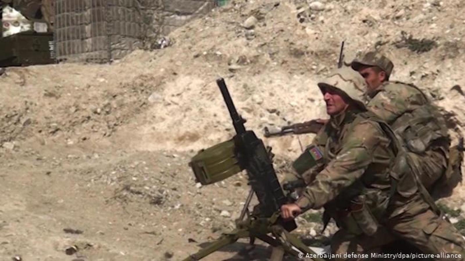 Nga và Mỹ kêu gọi Armenia-Azerbaijan tuân thủ lệnh ngừng bắn