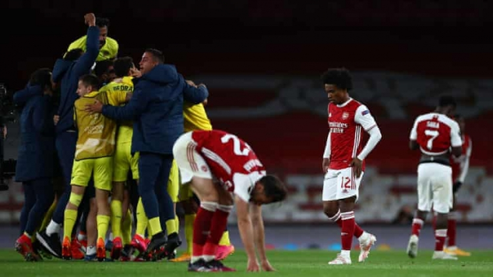 Europa League: Arsenal ngậm ngùi nhìn Villarreal vào chung kết gặp MU