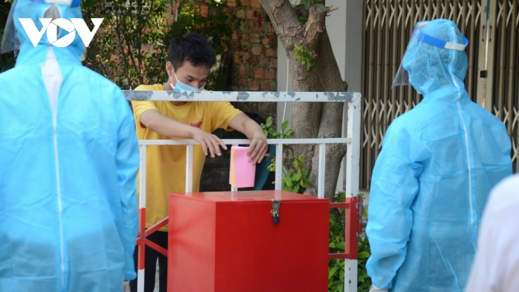 Da Nang holds election rehearsal in COVID-19 context
