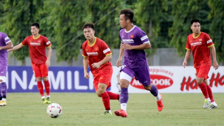 National team play friendly with U22 to prepare for World Cup qualifiers