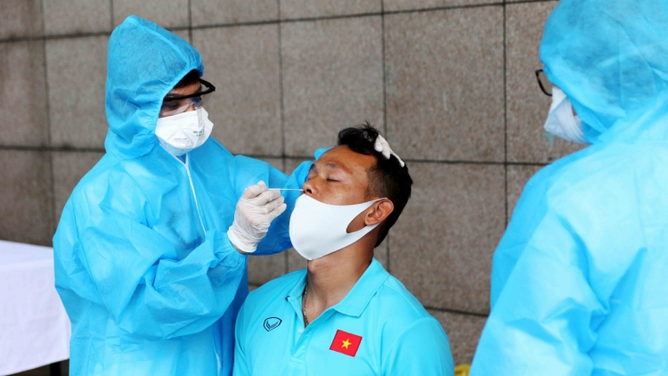 National football team receive second shot of COVID-19 vaccine