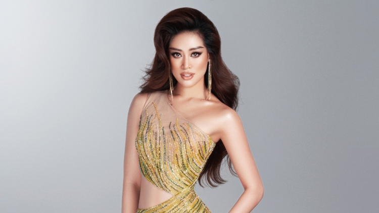 Khanh Van unveils outfits ahead of Miss Universe 2021 semi-finals