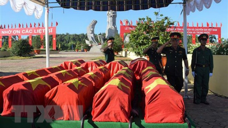 Remains of Vietnamese martyrs repatriated from Laos
