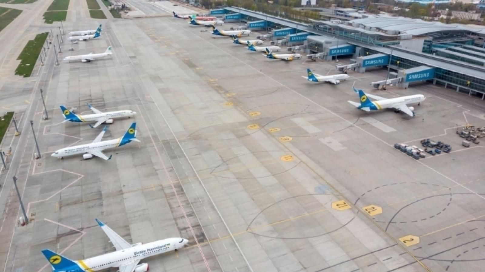 Ukraine cấm không vận: Belarus trả đũa ngừng cung cấp xăng
