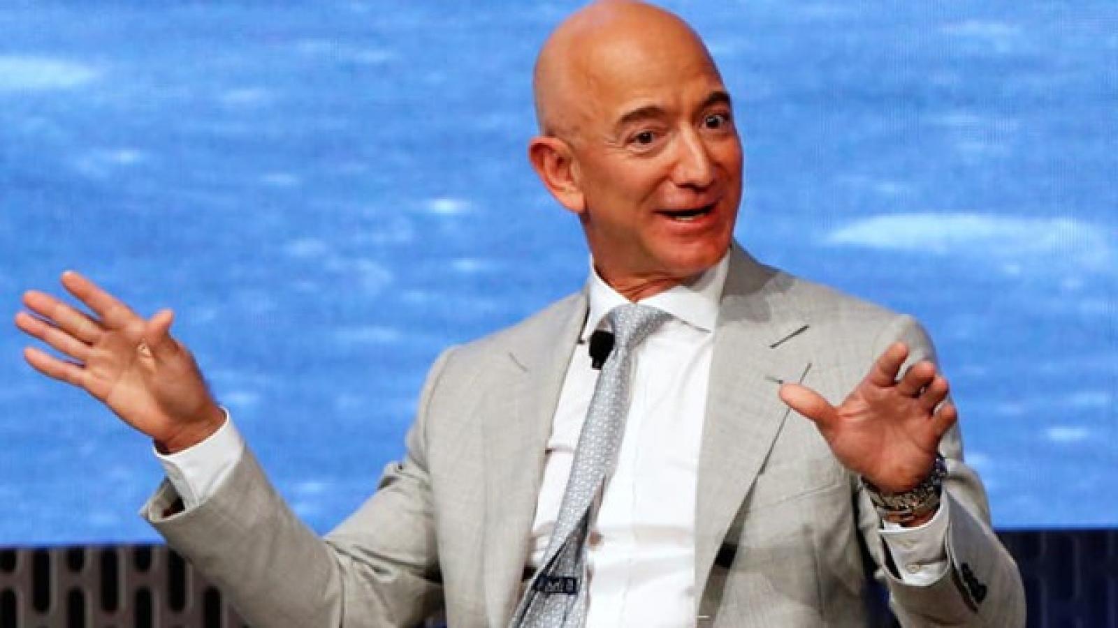 Những gã khổng lồ công nghệ như Amazon, Apple kiếm bao nhiêu mỗi phút?