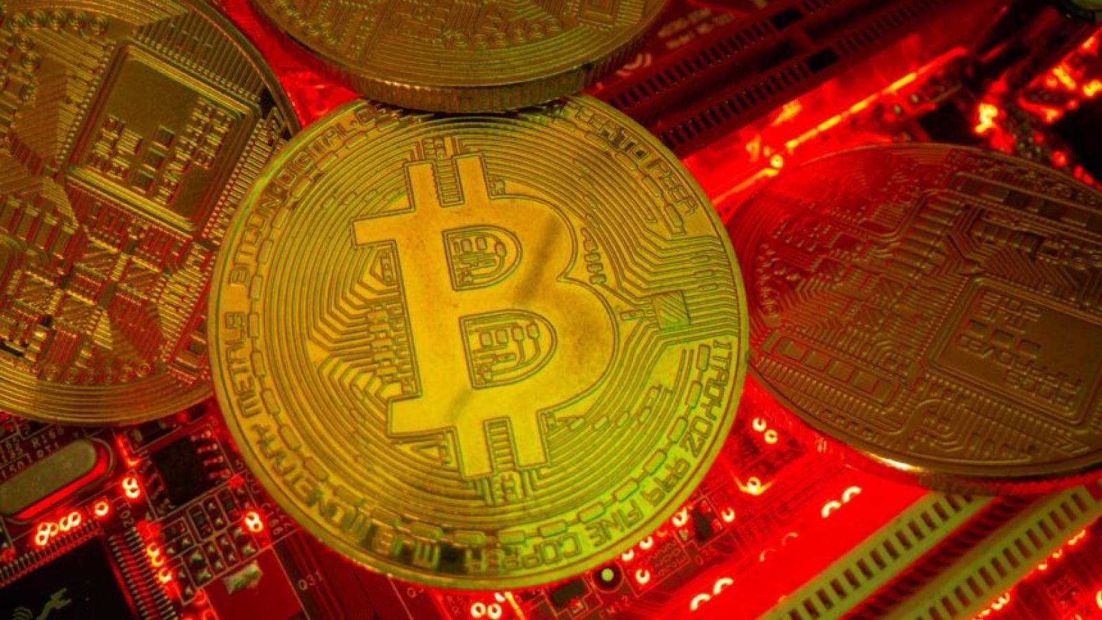 Sợ phạm luật, các mỏ đào Bitcoin ở Trung Quốc tạm ngừng hoạt động