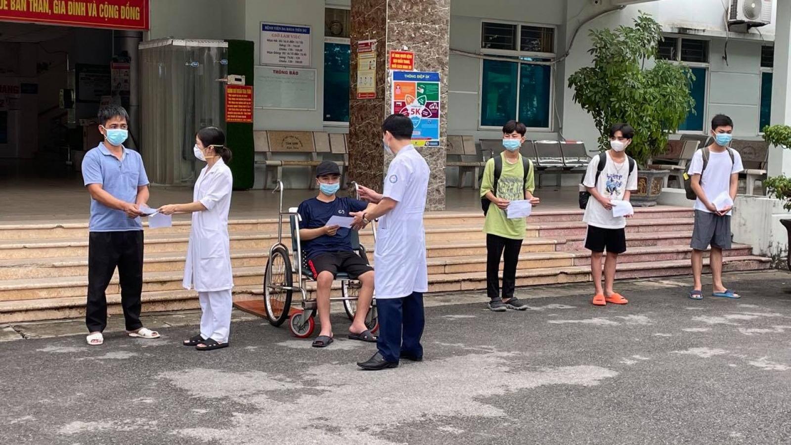 12 ca mắc COVID-19 ở Bệnh viện dã chiến Tiên Du, Bắc Ninh được xuất viện