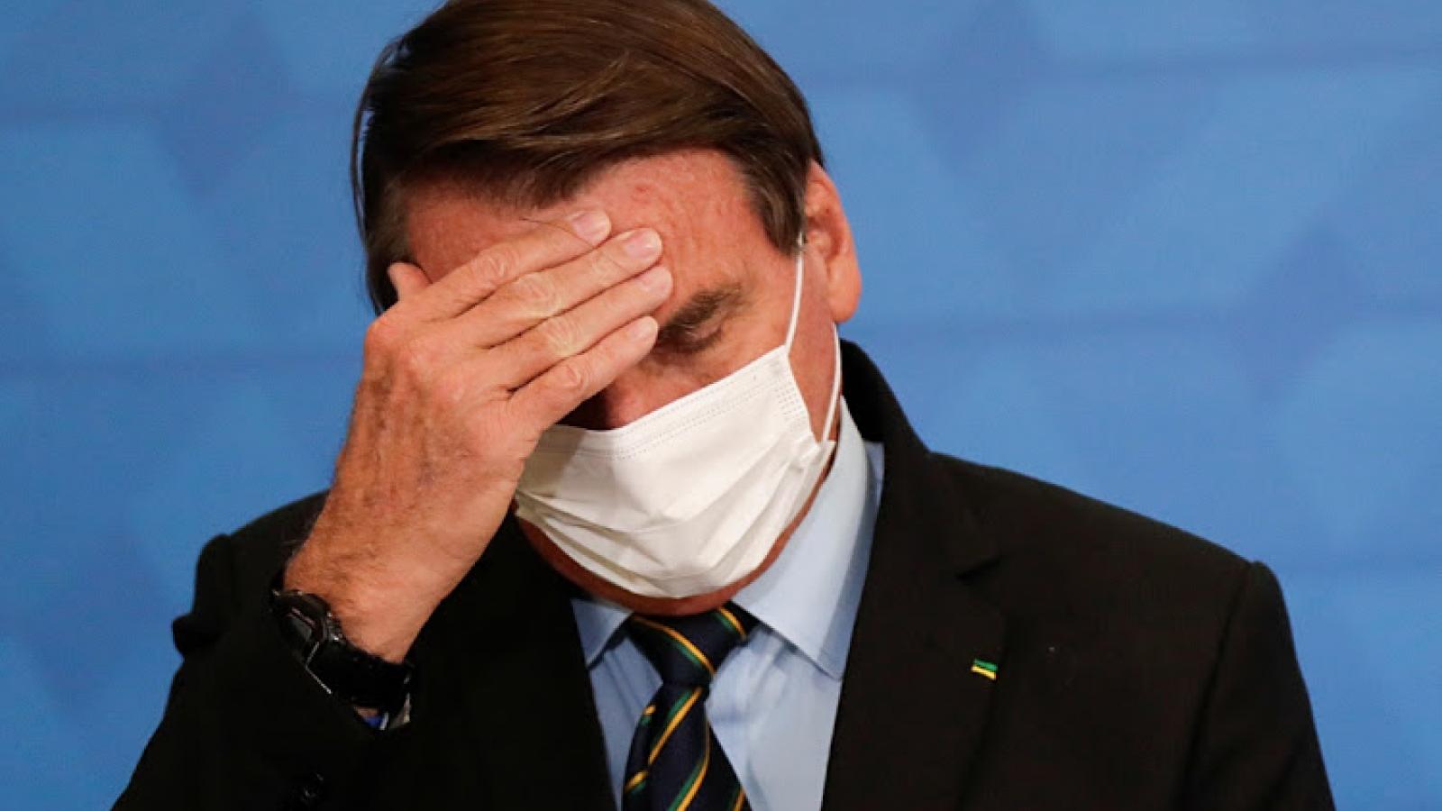 Tổng thống Brazil nghi bị tái mắc Covid-19