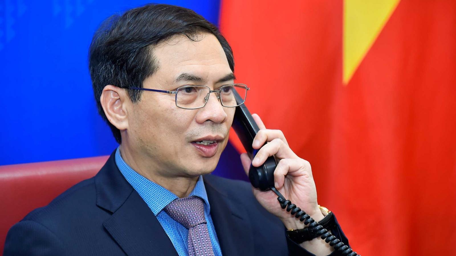Củng cố, thắt chặt hơn nữa mối quan hệ hữu nghị và hợp tác Việt Nam-Cuba