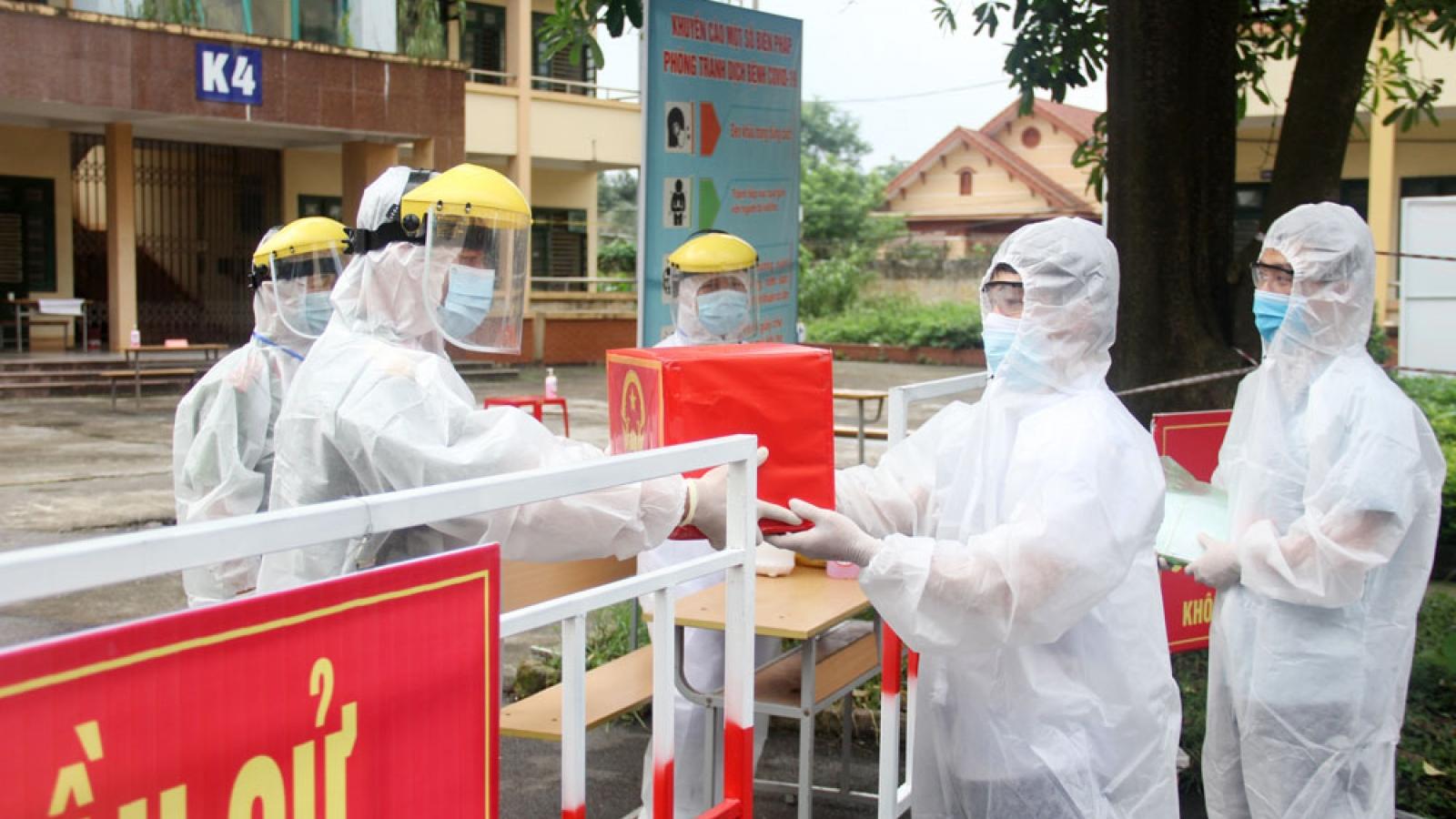 Cử tri tỉnh Thái Nguyên hăng hái tham gia bầu cử