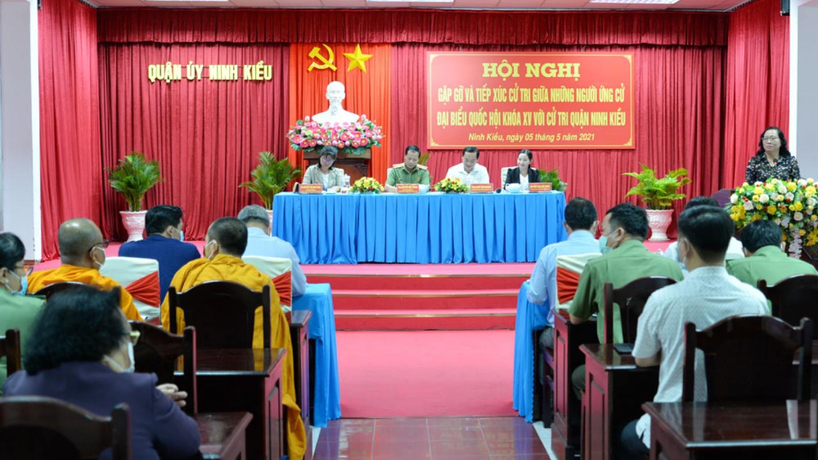 Ứng cử viên bắt đầu tiếp xúc cử tri vận động bầu cử