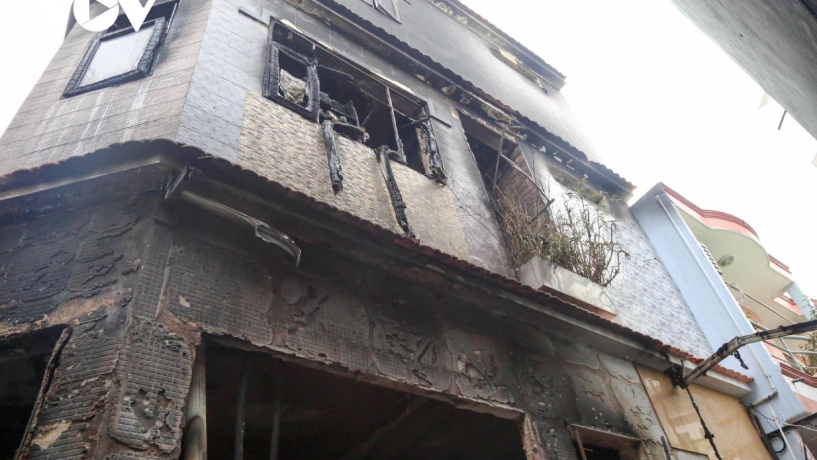 Vụ cháy ở TPHCM khiến 8 người tử vong: Hàng xóm đau buồn tiễn biệt nạn nhân